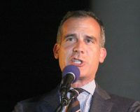L.A. Mayor Threatens to Cut Off Utilities to Homes Hosting Gatherings During Pandemic