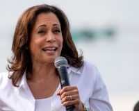 Livid Homeowners Accuse Kamala Harris of Trespassing for Photo Op with Cali Governor